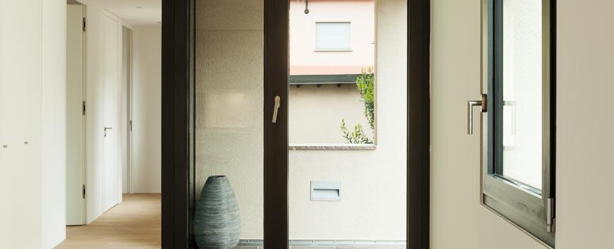 Puertas ventanas technal 91 141 35 36 for Ventanales elevables
